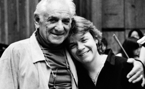 Leonard Bernstein with Marin Alsop - Photo: Walter Scott